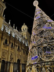 Plaza Santa Maria, Jaen - Christmas tree with cathedral in the background