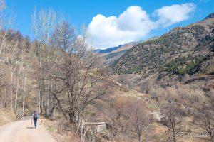 Leaving Trevélez at the start of the walk to Peñabón
