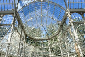 The roof structure of the Palacio de Cristal