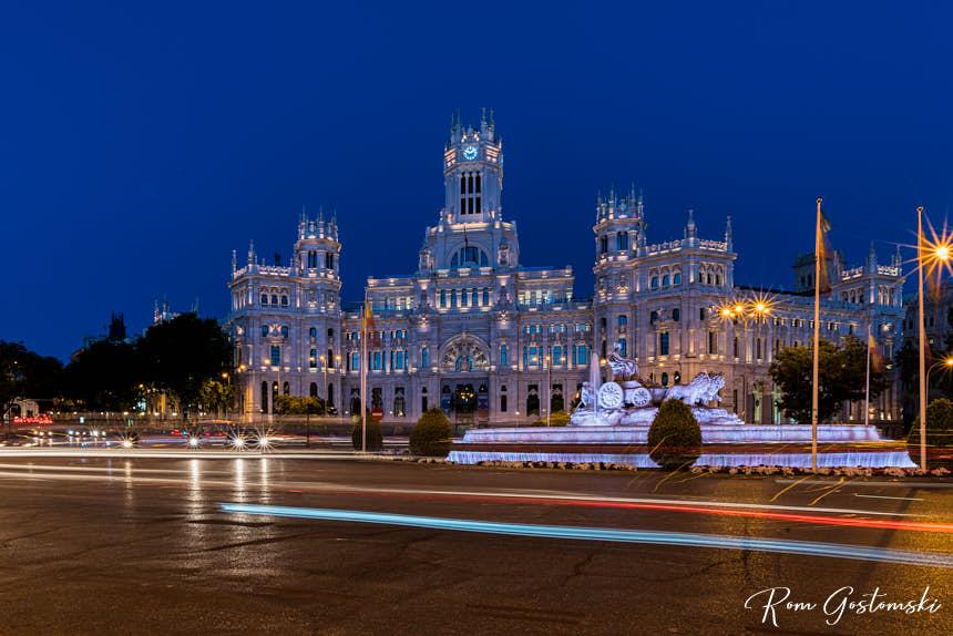 The Plaza de Cibeles, Madrid with the Palacio de Cibeles at night