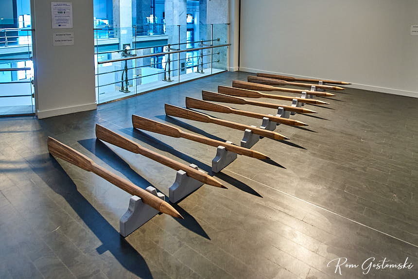 Rowing speed by Valeriano López. An art exhibit at CentroCentro