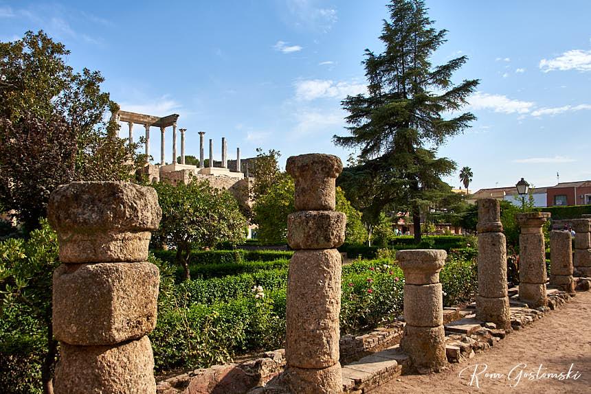 Peristyle garden