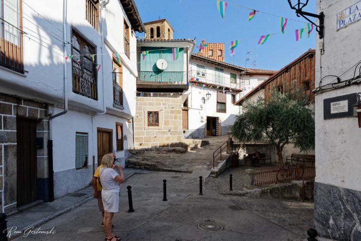 Corner of Plaza de la Corredera and Calle Abajo.