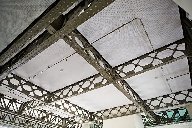 Structural steel beams supporting the 8th floor roof.
