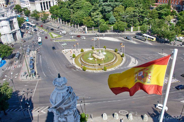 Looking down onto the Plaza de Cibeles